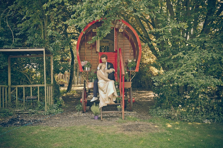 London-wedding-photographer-[www.the-snapper.com]00002
