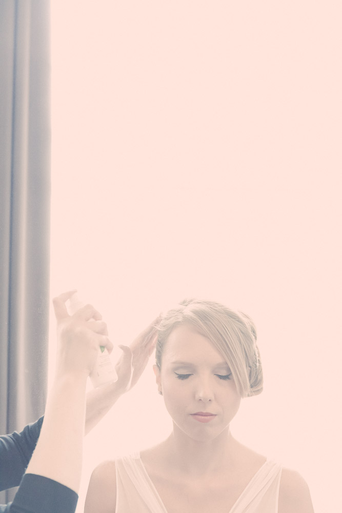 bridal-preparations-affordable-elegant-wedding-photography